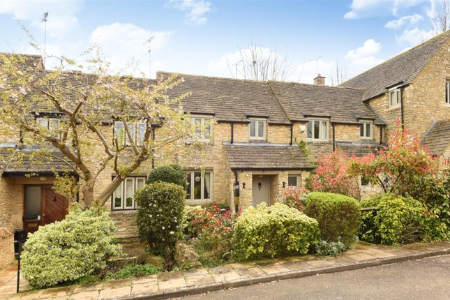 Thumbnail Terraced house for sale in Chapmans Piece, Burford