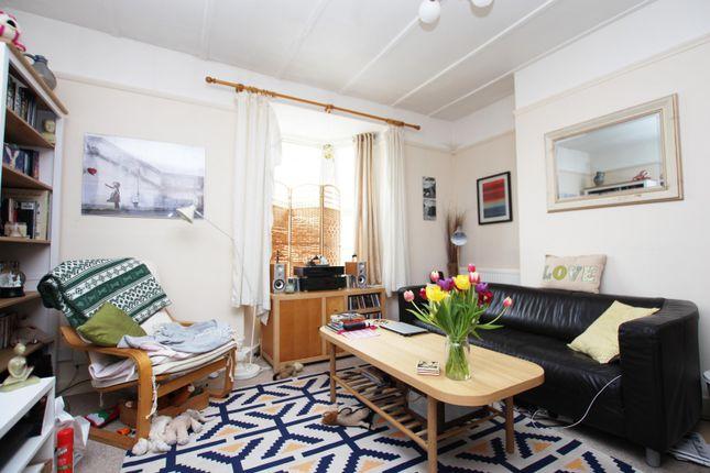 Lounge of Grafton Road, Worthing BN11