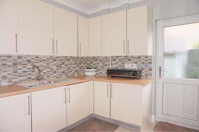 Utility Room of Llwynderw Drive, West Cross SA3