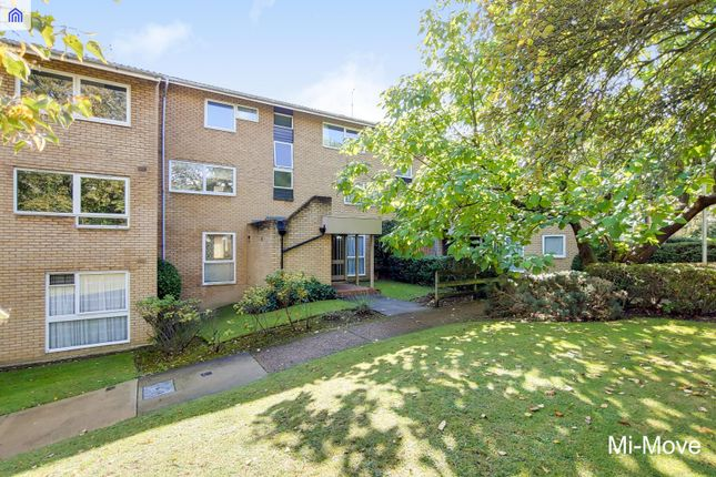 1 bed flat to rent in Pennycroft, Pixton Way, Forestdale, Croydon CR0