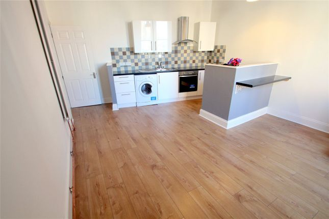Thumbnail Flat to rent in North Street, Southville, Bristol