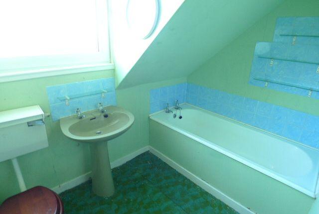 Bathroom of 8 Eagleton, Point, Isle Of Lewis HS2