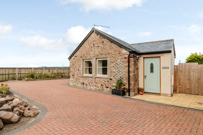 Thumbnail Cottage for sale in Milfield, Wooler