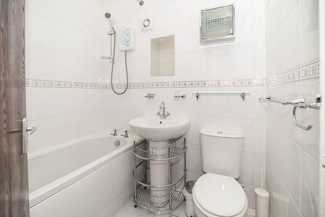 Bathroom of Russel Street, Falkirk FK2