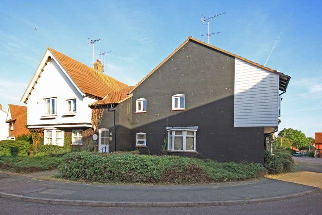 Thumbnail Flat for sale in Crouch Street, Laindon, Basildon