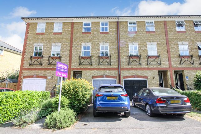 Thumbnail Terraced house for sale in Macleod Road, London