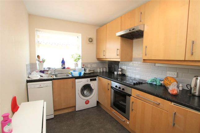 Picture No. 14 of Southcote Road, Reading, Berkshire RG30