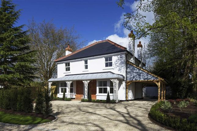 Thumbnail Detached house for sale in Stoke Row Road, Peppard Common, Henley-On-Thames