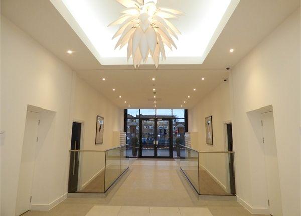 Thumbnail Flat to rent in Verona Apartments, Wellington Street, Slough, Berkshire