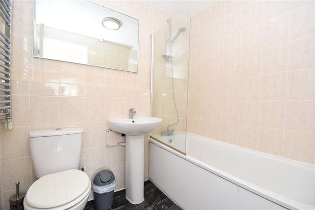 Bathroom of Woodfall Drive, Crayford, Dartford, Kent DA1