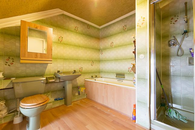 Bathroom of High Street, Montrose DD10