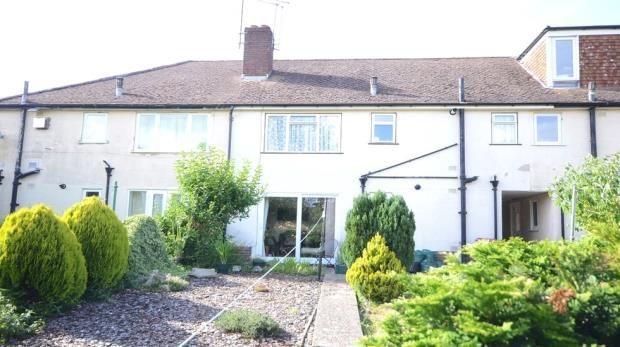 Thumbnail Maisonette for sale in Dudley Close, Tilehurst, Reading