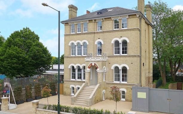 Thumbnail Flat for sale in The Green, Twickenham
