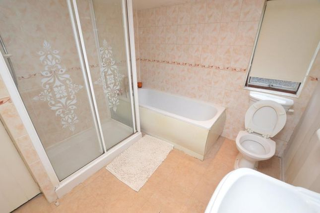 Bathroom of Summer Lane, Whipton, Exeter, Devon EX4