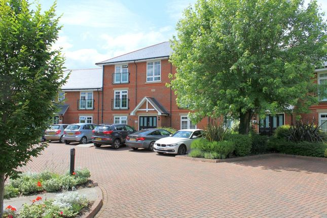 Thumbnail Flat to rent in Wetton Place, Egham