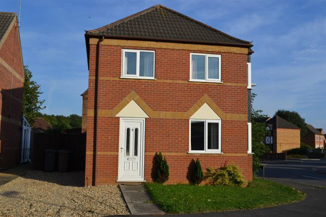 Thumbnail Detached house to rent in Woodside Avenue, Sleaford