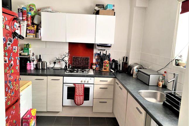 Kitchen of Windmill Close, Meopham, Gravesend DA13