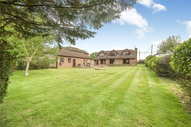 Detached house for sale in Moorgreen Road, West End, Southampton, Hampshire
