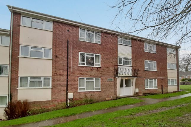 2 bed flat for sale in Halcombe Estate, Chard, Somerset TA20