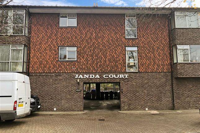 2 bed flat for sale in Portland Road, Gravesend, Kent DA12
