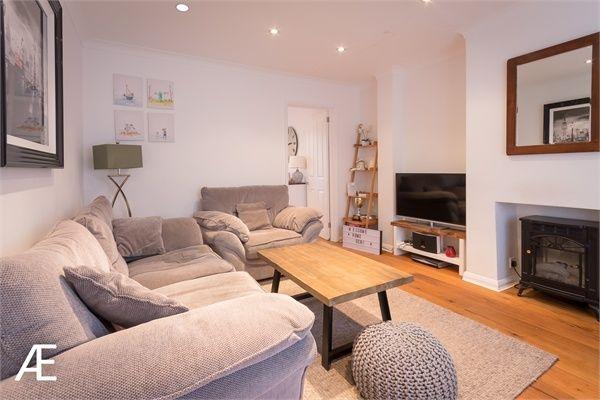Thumbnail Cottage to rent in Park Road, Chislehurst, Kent