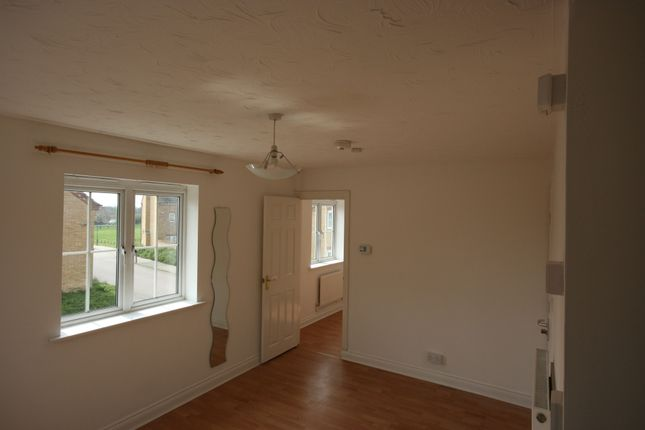 Thumbnail Flat to rent in The Glebe, Clapham, Clapham, Bedford