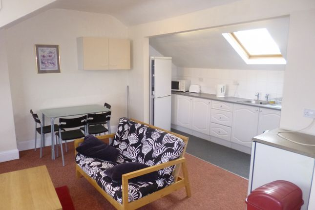 Thumbnail Flat to rent in High Road, Beeston