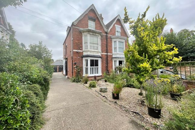1 bed flat for sale in Abbey Park Road, Grimsby DN32