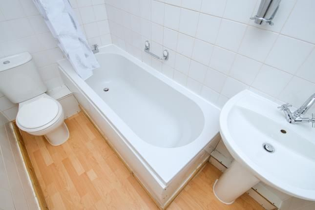 Bathroom of Purfleet-On-Thames, Thurrock, Essex RM19
