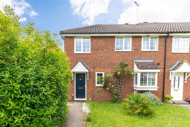 Thumbnail End terrace house to rent in Haysman Close, Letchworth Garden City