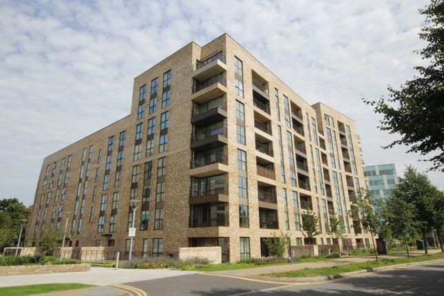 Thumbnail Flat for sale in Park Royal
