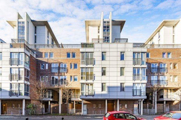 Thumbnail Flat to rent in Ramillies House, Portsmouth
