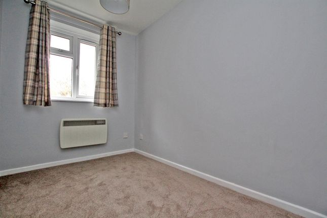 Bedroom 2 of Tudor Close, Colwick, Nottingham NG4