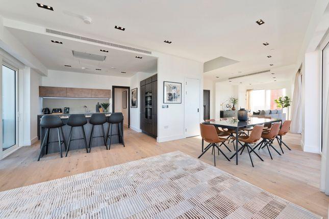 Thumbnail Flat to rent in Keybridge Tower, 1 Exchange Gardens, London