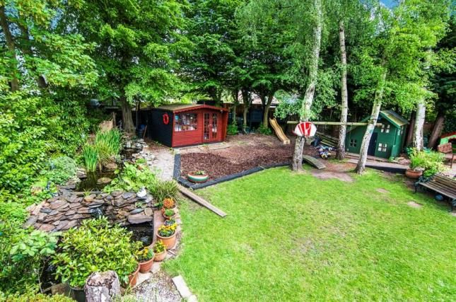 Thumbnail Semi-detached house for sale in Newlands Close, Hutton, Brentwood, Essex