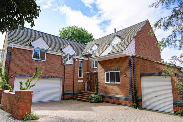 Thumbnail Detached house for sale in Donkey Lane, Bourne End