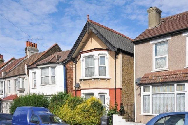 Thumbnail Detached house for sale in Pemdevon Road, Croydon
