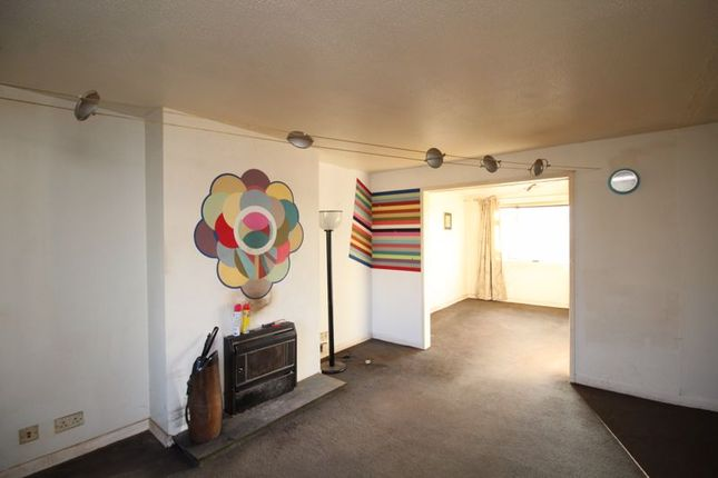 Lounge of Duddingston Drive, Kirkcaldy KY2