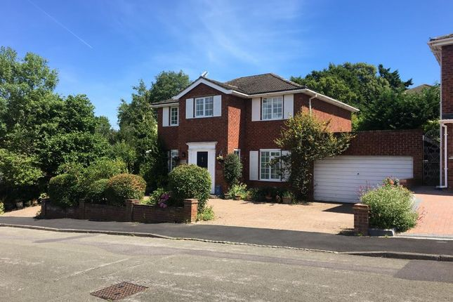 4 bed detached house for sale in Bracknell, Berkshire