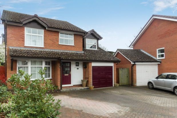 Thumbnail Property to rent in Goodwood Close, Alton