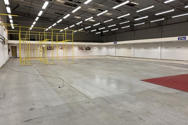 Thumbnail Light industrial to let in Unit 3 Meridian Trading Estate, Lombard Wall, Charlton, London