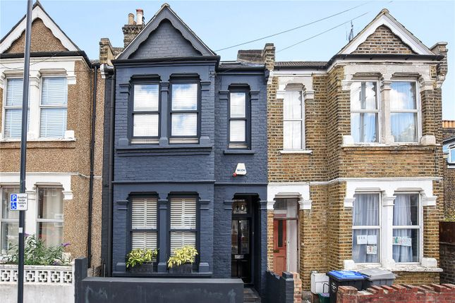 3 bed property for sale in St. Margarets Road, London NW10