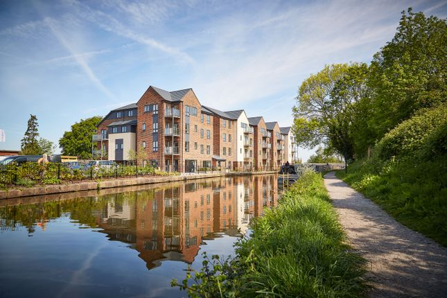 Thumbnail Flat for sale in Buxton Road, Macclesfield