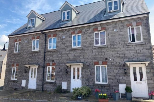Thumbnail Town house to rent in Hestercombe Close, Weston Village, Weston-Super-Mare