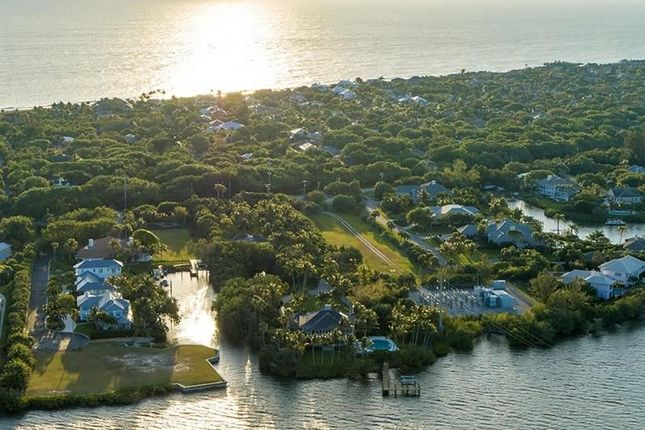 Thumbnail Property for sale in 555 Highway A1A, Vero Beach, Florida, United States Of America