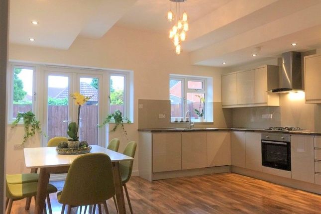 Thumbnail Bungalow to rent in Woodhatch Close, Beckton