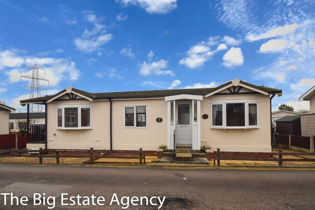 2 bed mobile/park home for sale in Willow Park, Gladstone Way, Deeside CH5