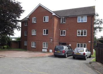 2 bed flat to rent in Leesons Hill, St Marys Cray, London BR5