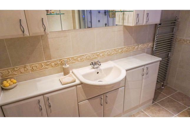 Family Bathroom of Bradshaw Hall Drive, Bradshaw, Bolton BL2