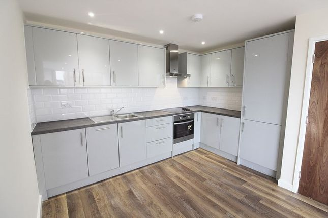 Thumbnail Flat for sale in Bank Street, Maidstone